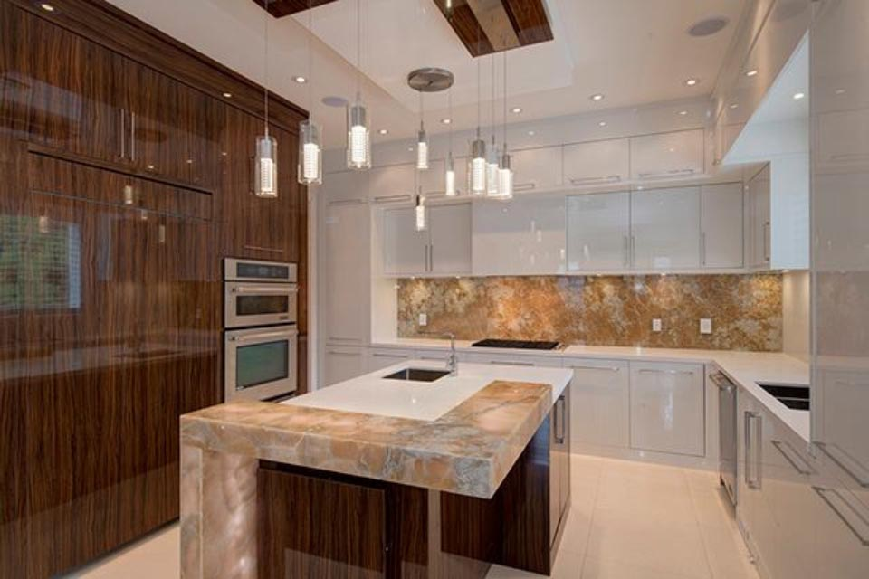 CrownMarble Onyx Kitchen